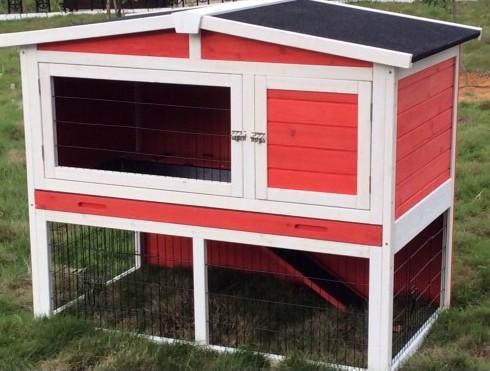 Un clapier rouge pour mettre de la couleur dans votre jardin !